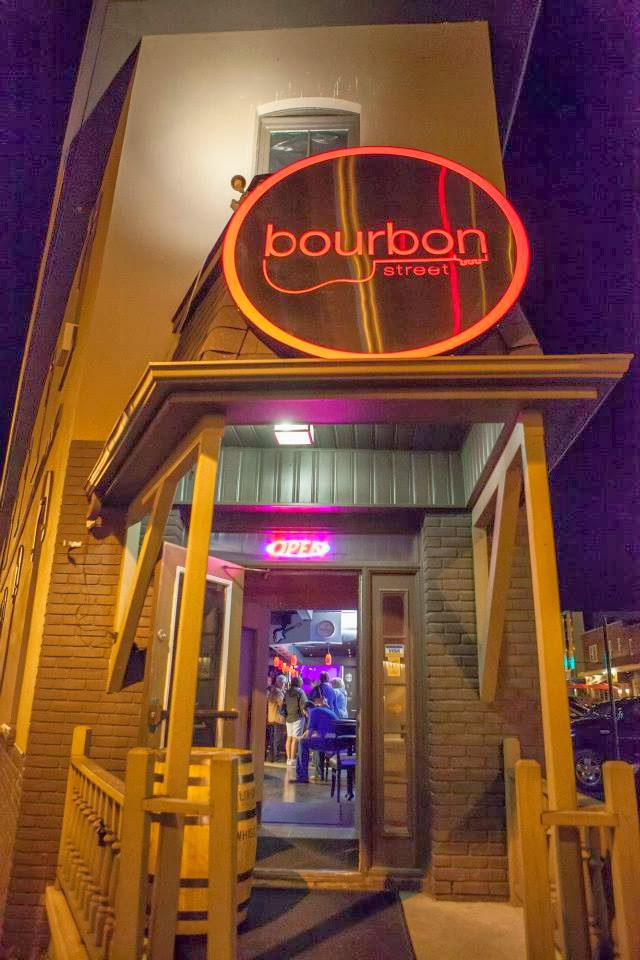 Bourbon | restaurant | 31 Bayfield St, Barrie, ON L4M 3A6, Canada | 7052527744 OR +1 705-252-7744