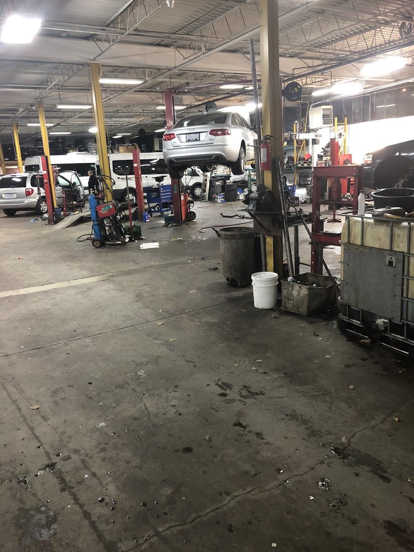 E&S AUTOMOTIVE INC | car repair | 71 City View Dr, Etobicoke, ON M9W 5A5, Canada | 4162400404 OR +1 416-240-0404