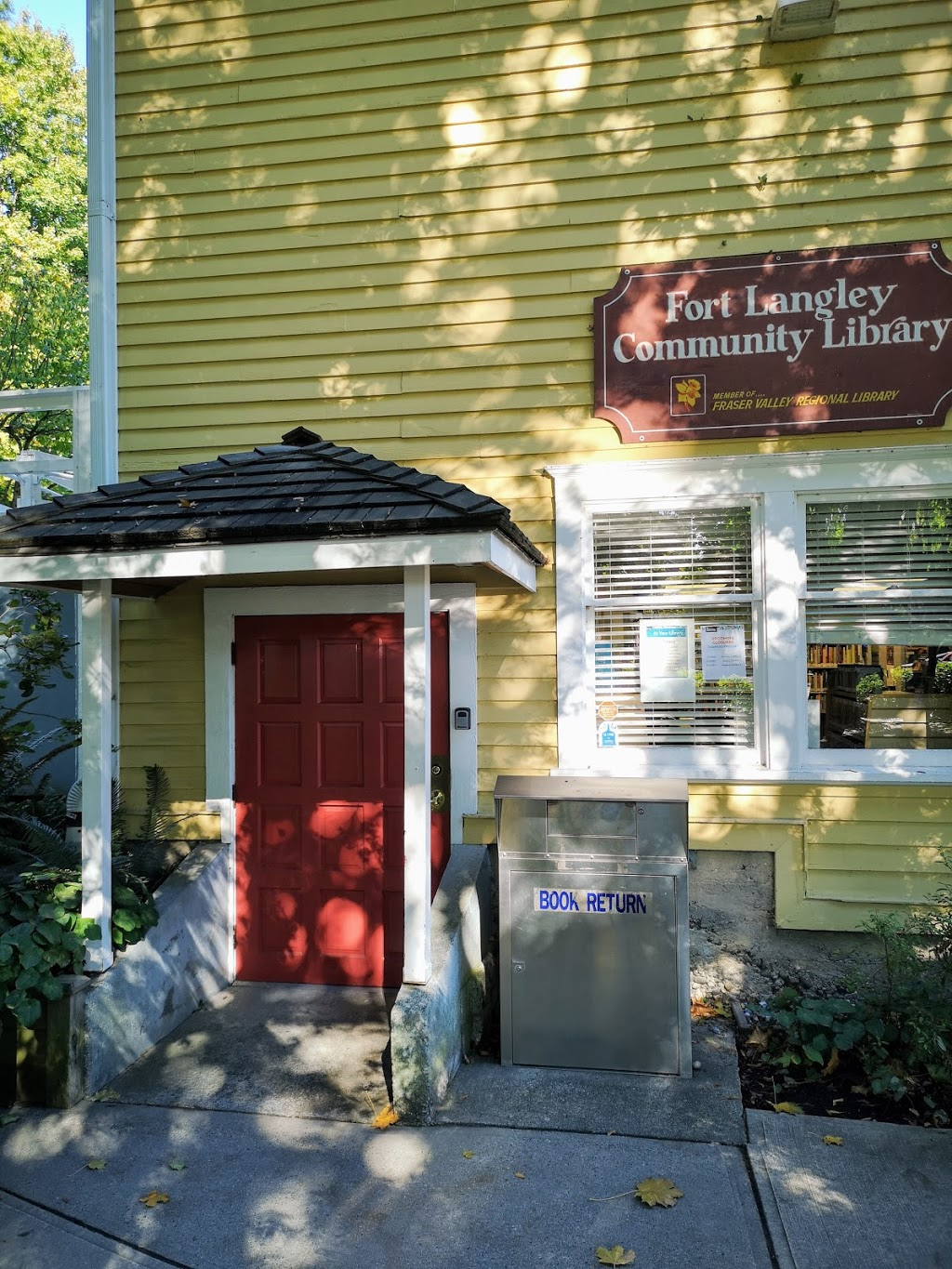 Fort Langley Library   library   9167 Glover Rd, Langley City, BC V1M 2R6, Canada   6048880722 OR +1 604-888-0722