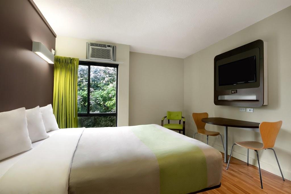 Studio 6 Toronto ON | lodging | 165 Grange Ave, Toronto, ON M5T 2V5, Canada | 4166037700 OR +1 416-603-7700