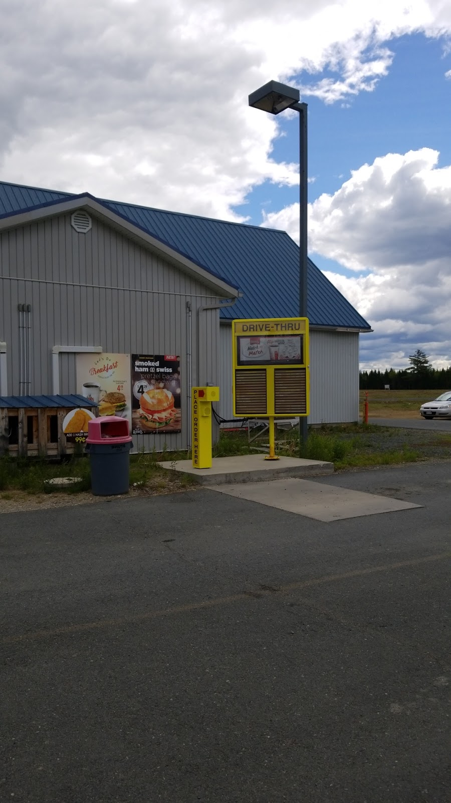 Esso   gas station   247 Williamstown Rd, Williamstown, NB E1V 5G1, Canada   5066222484 OR +1 506-622-2484