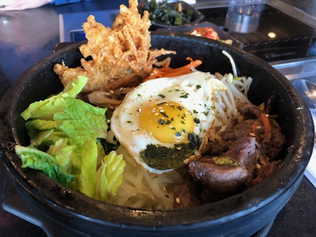GOGI Korean BBQ | restaurant | 2320 4 St NW, Calgary, AB T2M 2Z6, Canada | 4032764490 OR +1 403-276-4490