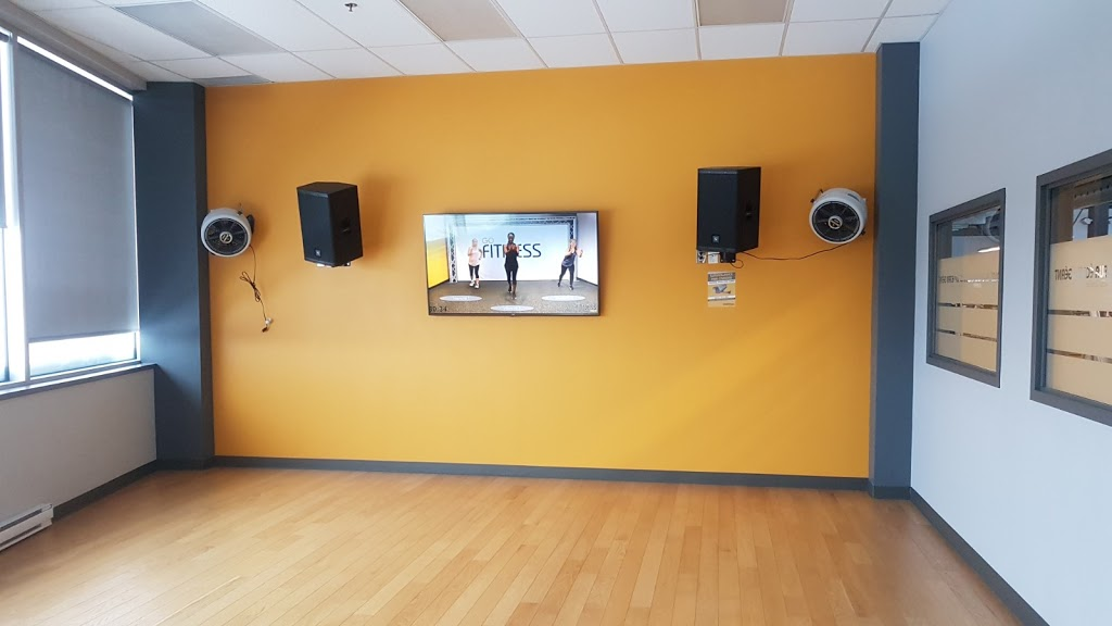 Éconofitness   gym   3200 Rue King Ouest, Sherbrooke, QC J1L 1C9, Canada   8195639117 OR +1 819-563-9117