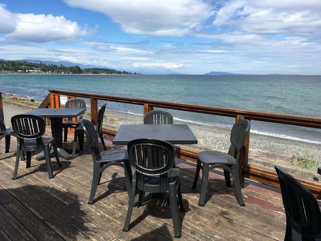 The Beach Hut | restaurant | 2831 Island Hwy W, Qualicum Beach, BC V9K 2C4, Canada | 2507525708 OR +1 250-752-5708