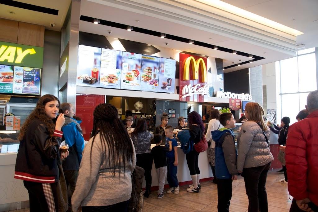 McDonalds   cafe   25 The West Mall, Etobicoke, ON M9C 1B8, Canada   4166260559 OR +1 416-626-0559