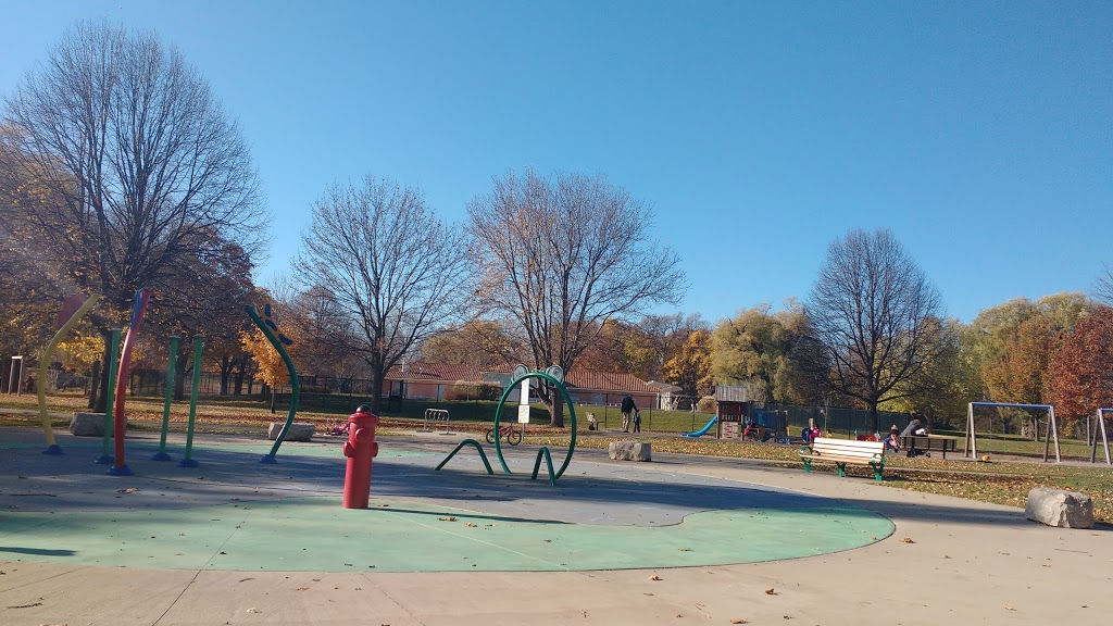 Gibbons Park | park | 2A Grosvenor St, London, ON N6A 1Y4, Canada | 5196614570 OR +1 519-661-4570