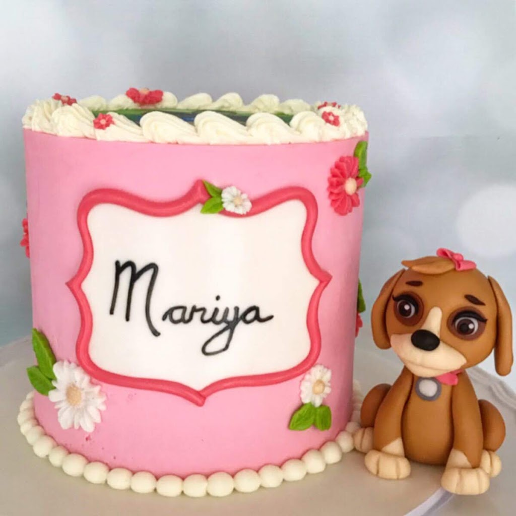 Custom Cakes By Lori | bakery | 8863 216 St #52, Langley Twp, BC V1M 2G9, Canada | 7789521353 OR +1 778-952-1353