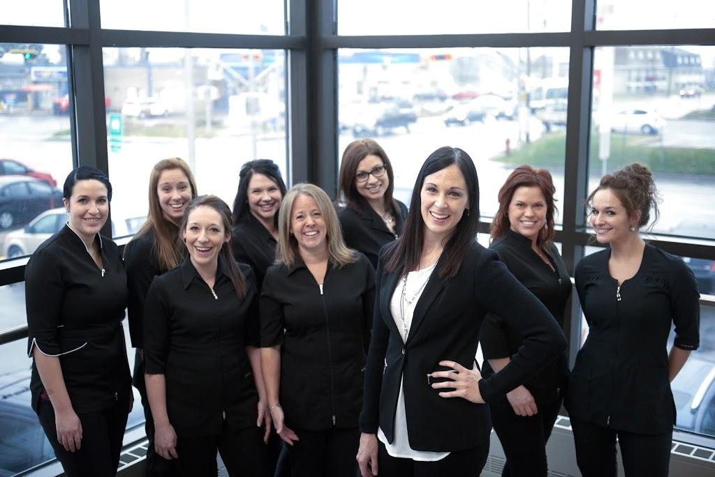 Centre Dentaire Blanchette | dentist | 900 Boulevard Raymond #202, Québec, QC G1B 3G3, Canada | 4186633333 OR +1 418-663-3333
