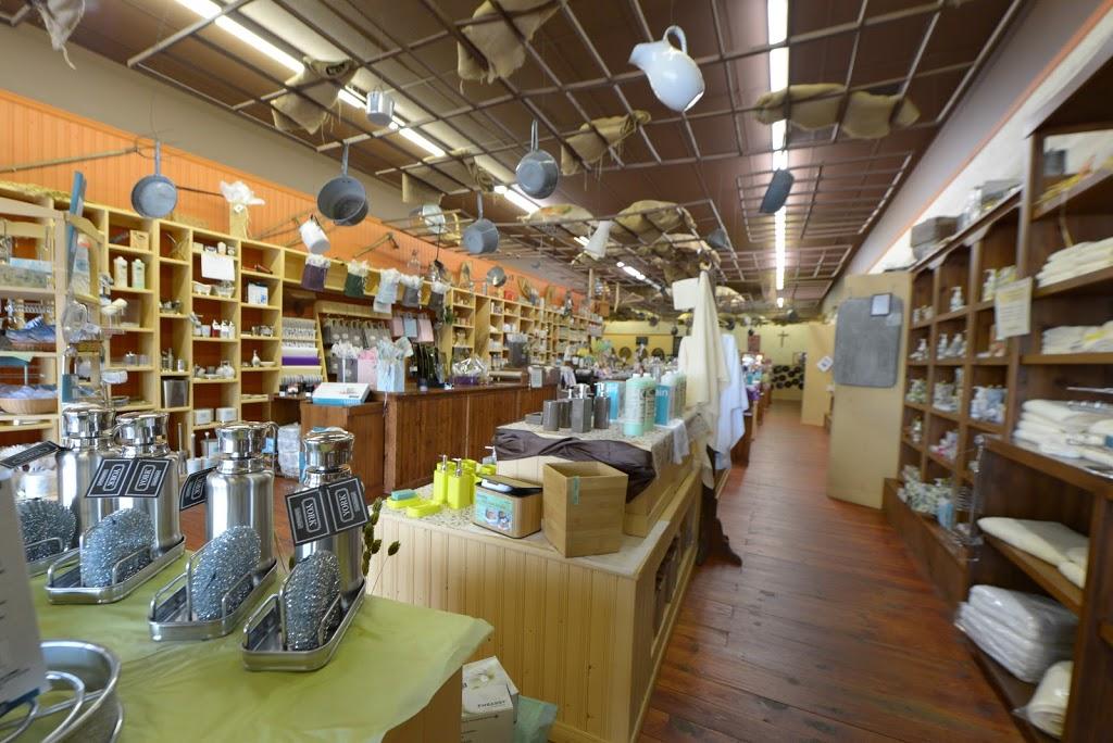 Le Savonnier en Vrac | store | #4, 8950 Boulevard Henri-Bourassa, Québec, QC G1G 4E3, Canada | 4186228400 OR +1 418-622-8400