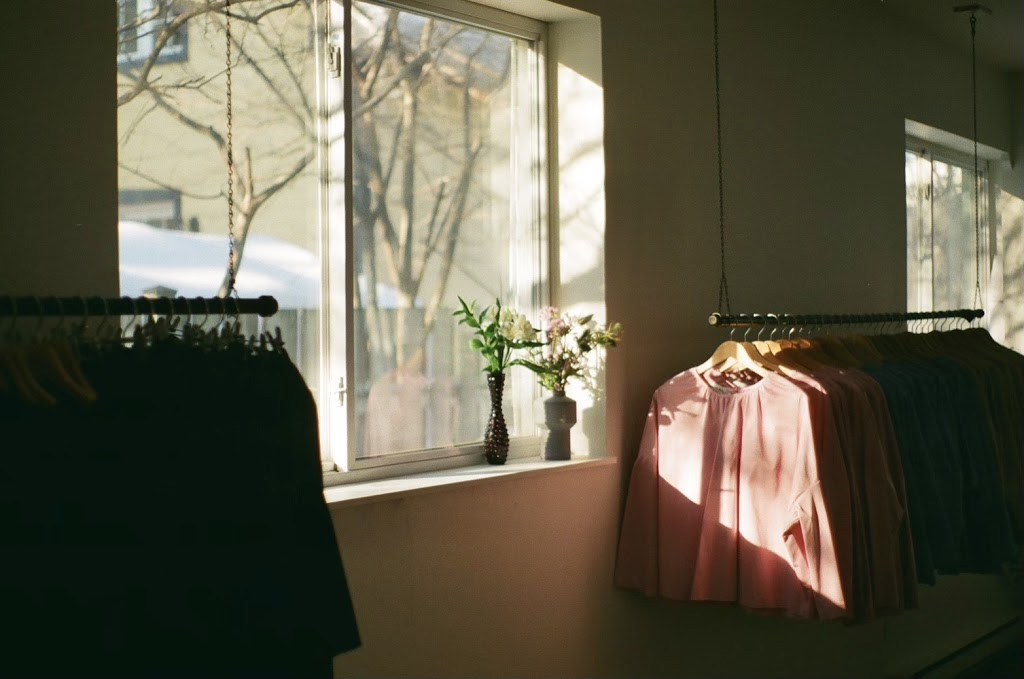 lachapelle atelier - 74 Rue Saint-Jean, Longueuil, QC J4H 2W9, Canada