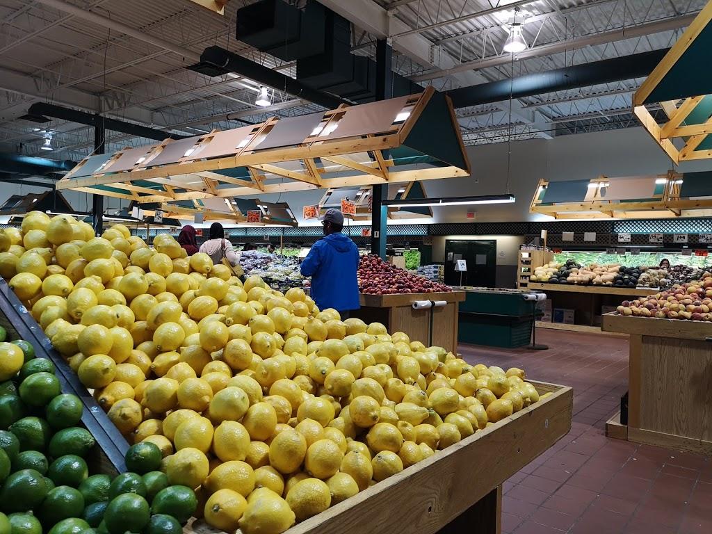 Fruiterie 440 | store | 385 Rue Soumande, Québec, QC G1M 2X6, Canada | 4186882440 OR +1 418-688-2440
