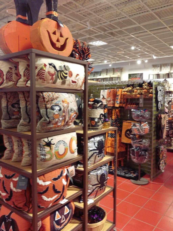 Pier 1   clothing store   121-1715 Preston, Avenue North, Saskatoon, SK S7H 2V7, Canada   3069750710 OR +1 306-975-0710