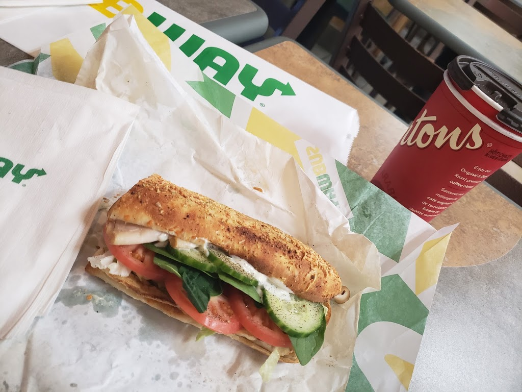 Subway | restaurant | 118 Wyse Rd Dartmouth Shopping Center Store 6, Dartmouth, NS B3J 1N7, Canada | 9024611114 OR +1 902-461-1114