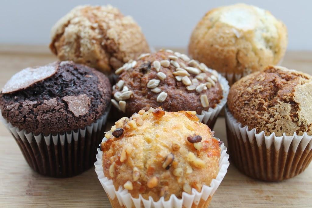 24 Carrots Bakery | bakery | 3200 Kempt Rd, Halifax, NS B3K 4X1, Canada | 9024822424 OR +1 902-482-2424