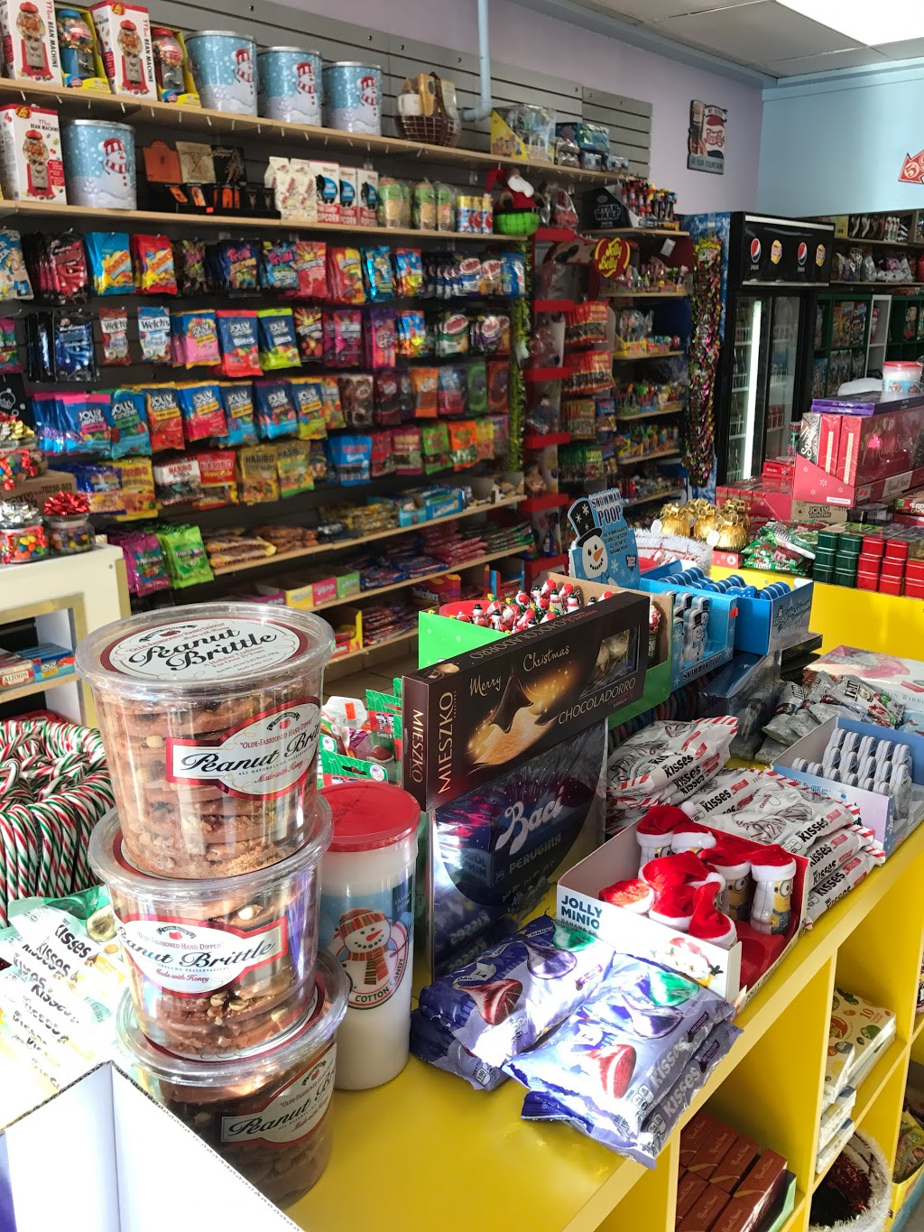 Sweet Addictions Candy Co | convenience store | 1134 Dundas St W, Toronto, ON M6J 1X2, Canada | 4165338408 OR +1 416-533-8408