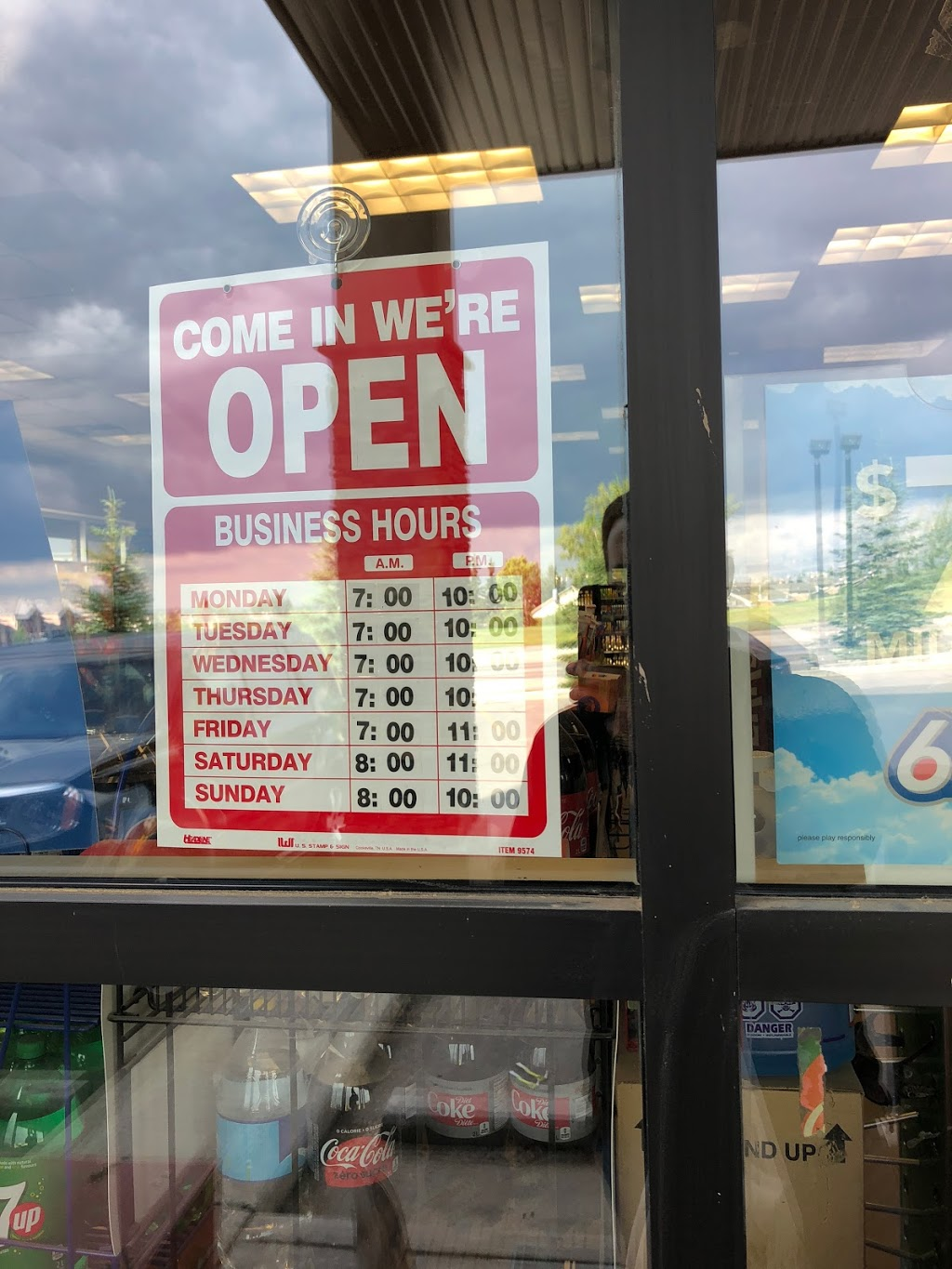 Winks | convenience store | 7460 Springbank Blvd SW, Calgary, AB T3H 5P7, Canada