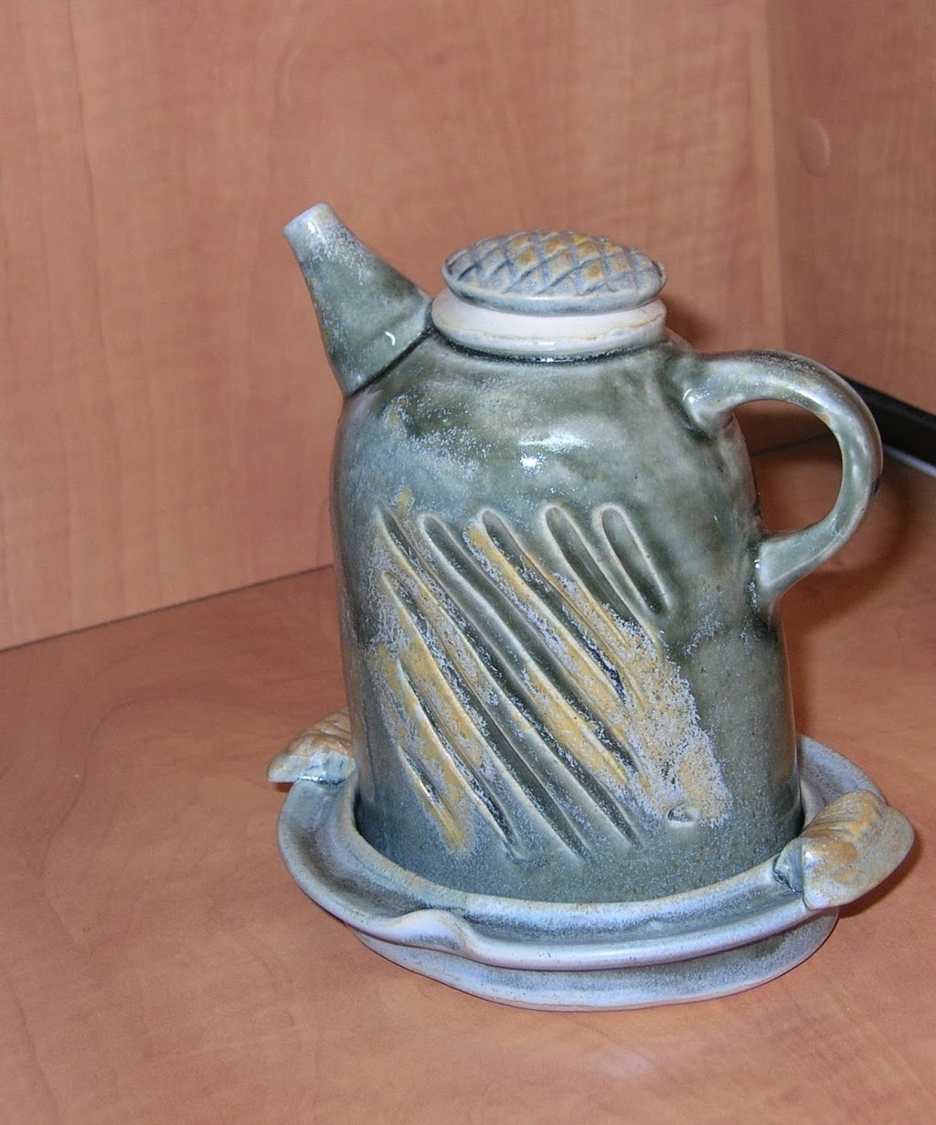 The Hummingbirds House Pottery | store | 743 Champagne Dr, Cobble Hill, BC V0R 1L4, Canada | 2507092878 OR +1 250-709-2878