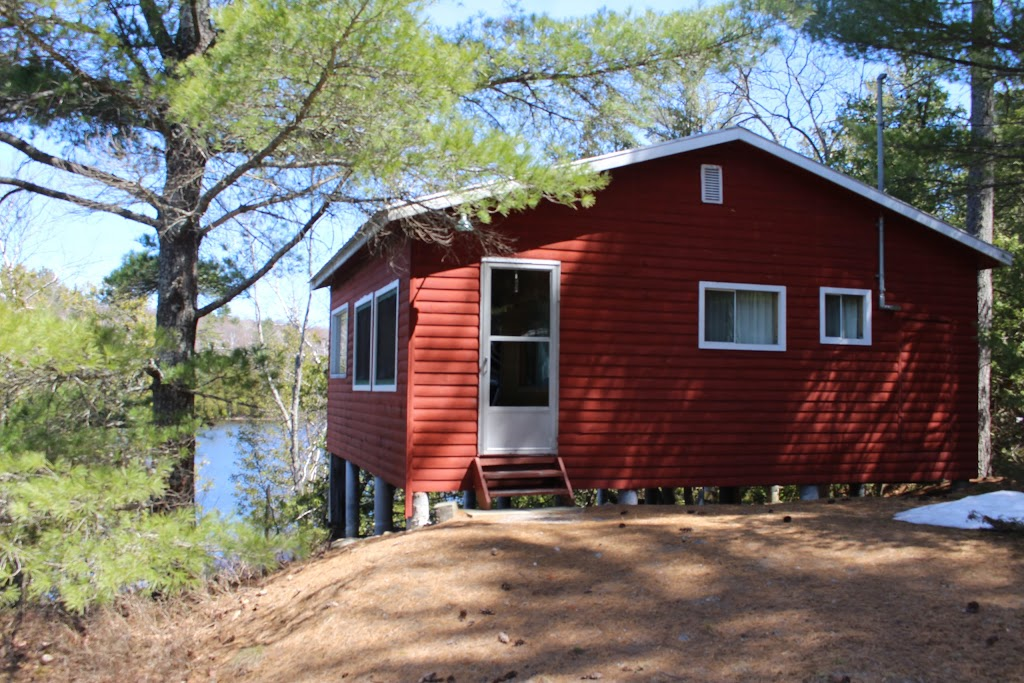 Meshaw Falls Cottages | lodging | 888, Dry Pine Bay Rd, Alban, ON P0M 1A0, Canada | 7058572158 OR +1 705-857-2158
