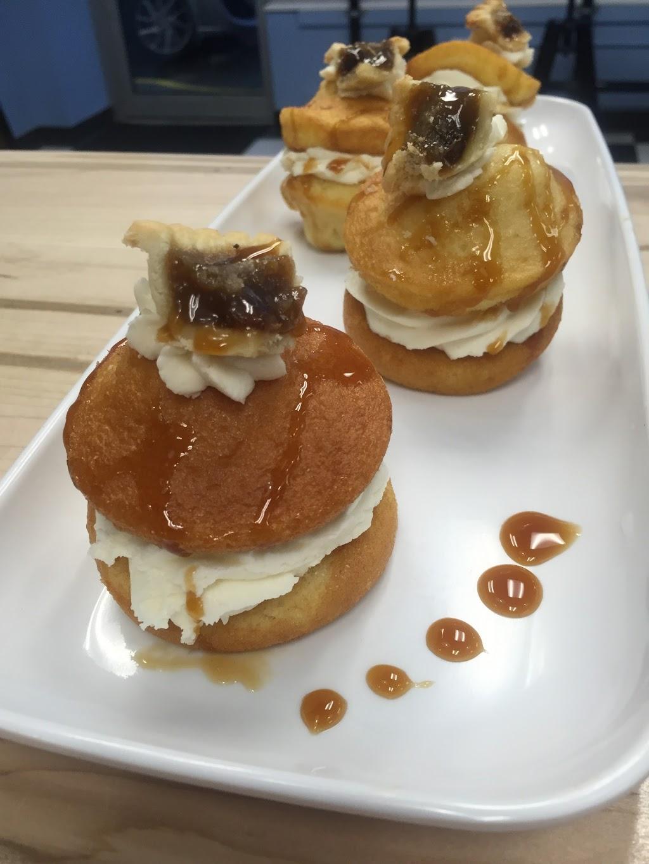 Crumbuns Bakeshop Cafe | bakery | 788 Concession St, Hamilton, ON L8V 1C9, Canada | 2896746000 OR +1 289-674-6000