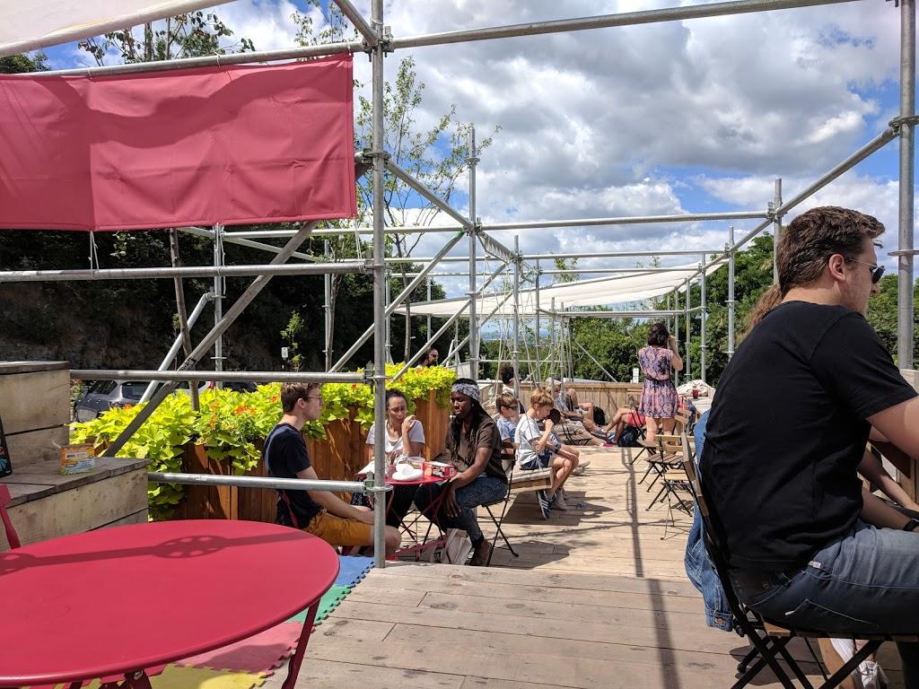 Café suspendu du mont Royal | cafe | Belvédère Camillien-Houde, Montréal, QC H3H, Canada