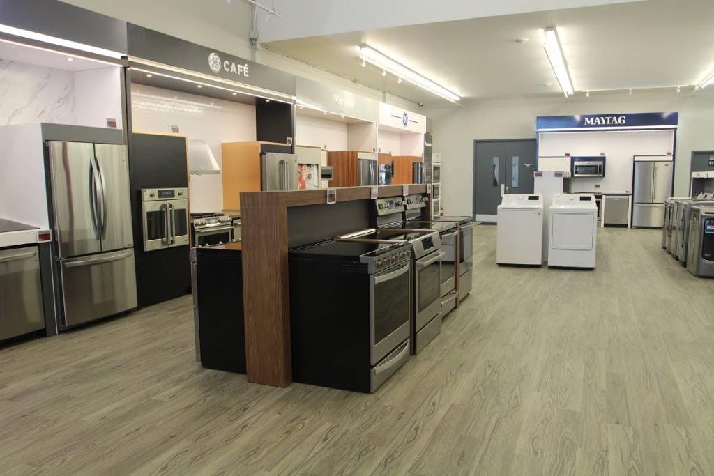 Centre Canadien DÉlectroménagers Quebec City / Ville de Québec   home goods store   1100 Rue Bouvier, Québec, QC G2K 1L9, Canada   5817059579 OR +1 581-705-9579