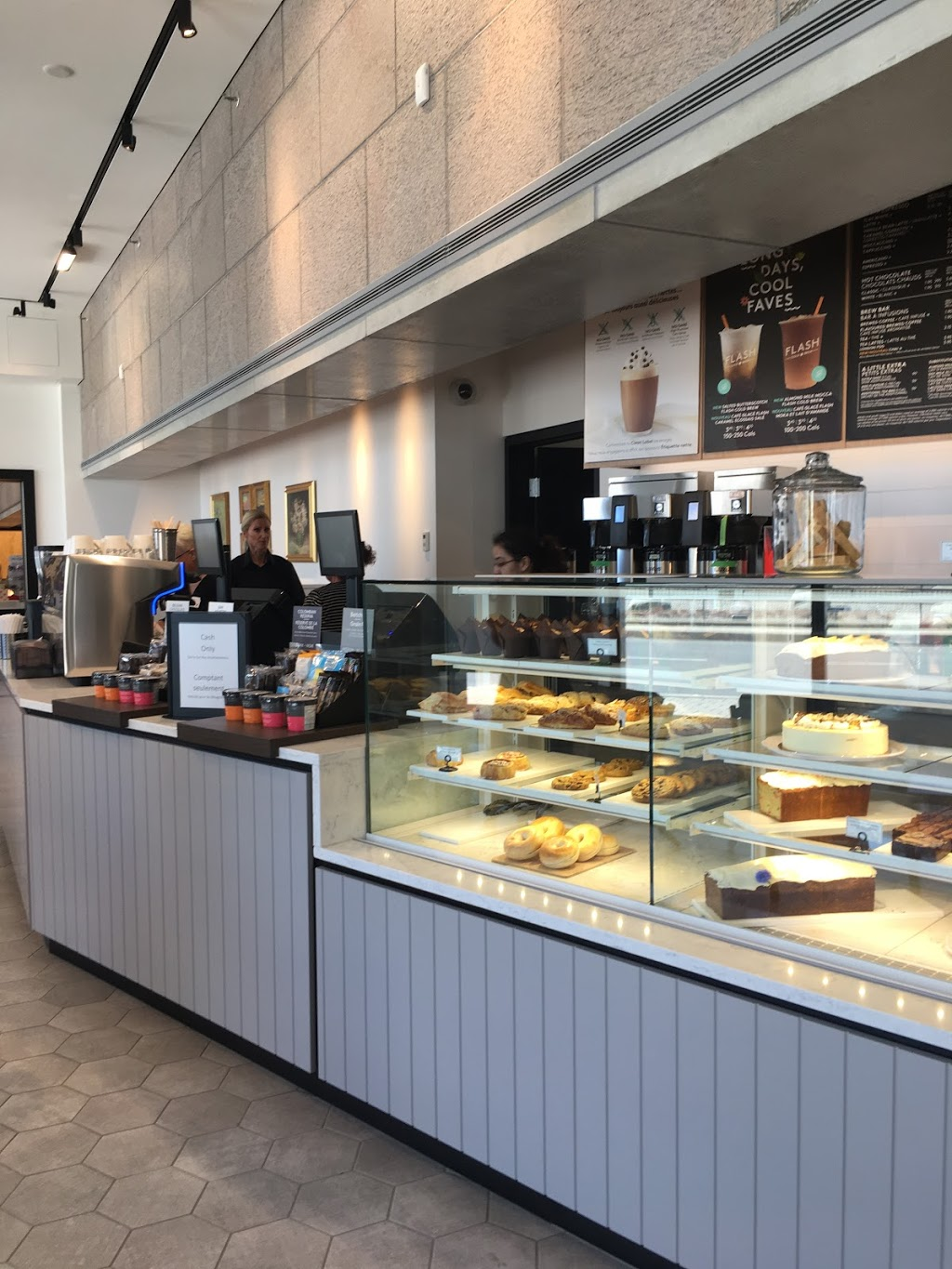 Second Cup Coffee Co. | cafe | 380 Sussex Dr, Ottawa, ON K1N 9N4, Canada | 6139901985 OR +1 613-990-1985