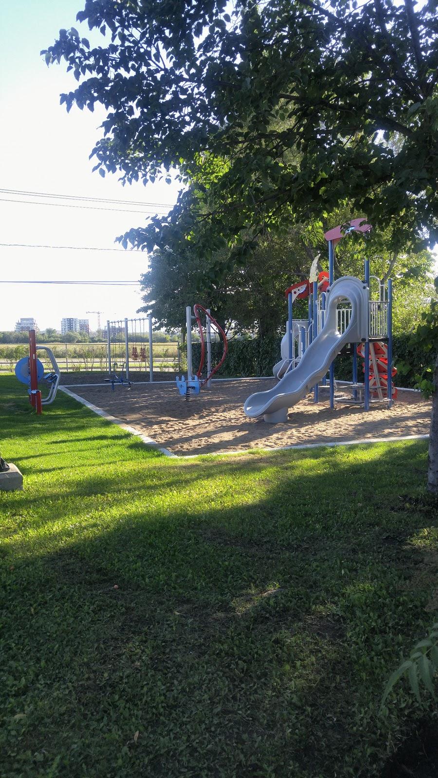 Parc de la Labourrasque | park | 3320 Avenue Mallet, Québec, QC G1C 3Y7, Canada