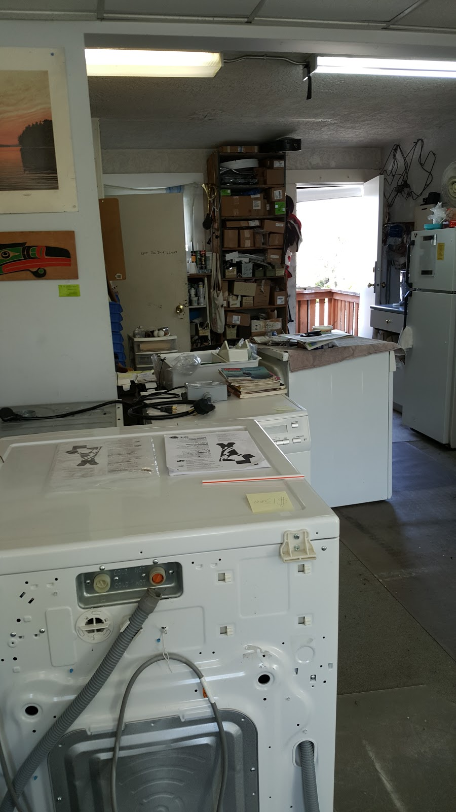 Quadra Appliances Buy/Sell/ Repair   home goods store   3586 Quadra St, Victoria, BC V8X 1H2, Canada   2503886839 OR +1 250-388-6839