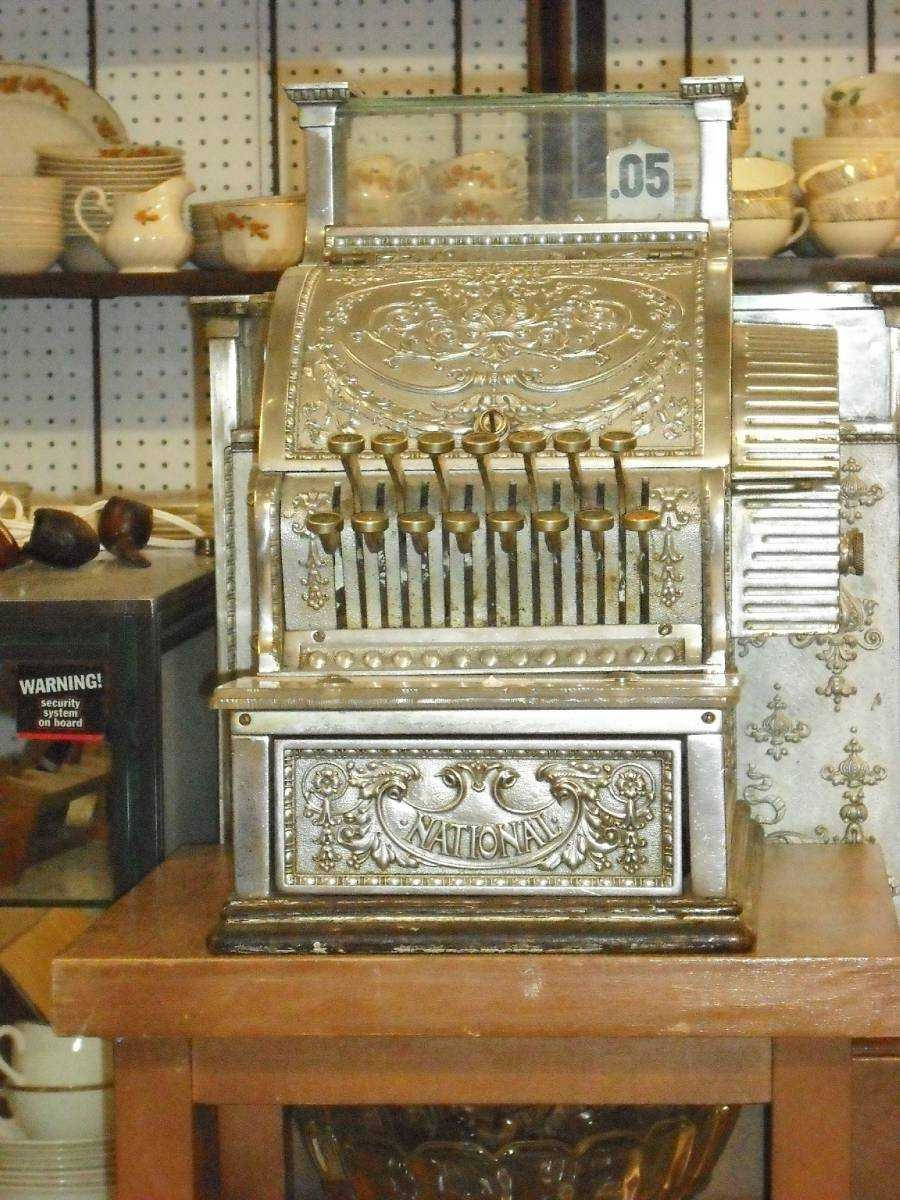Antiquité Robert Fortin   home goods store   1750, Périgord, Marché Jean Talon, salle A, local 137, Charlesbourg, QC G1G 5X3, Canada   4186225742 OR +1 418-622-5742