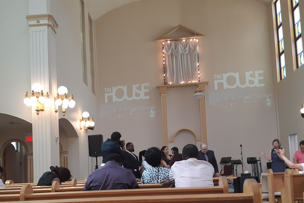 Bethel Pentecostal Church | church | 45 Rue Legendre O, Montréal, QC H2N 1G9, Canada | 5147448370 OR +1 514-744-8370