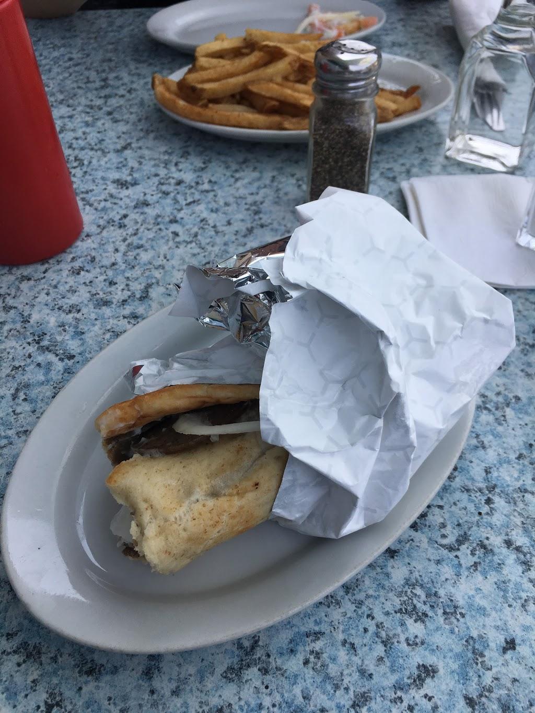 Nikos Restaurant | restaurant | 740 Corydon Ave, Winnipeg, MB R3M 0W6, Canada | 2044781144 OR +1 204-478-1144