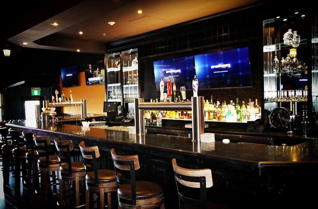 Whisky Johns Bar & Grill | restaurant | 843 King St W, Oshawa, ON L1J 2L4, Canada | 9055714533 OR +1 905-571-4533