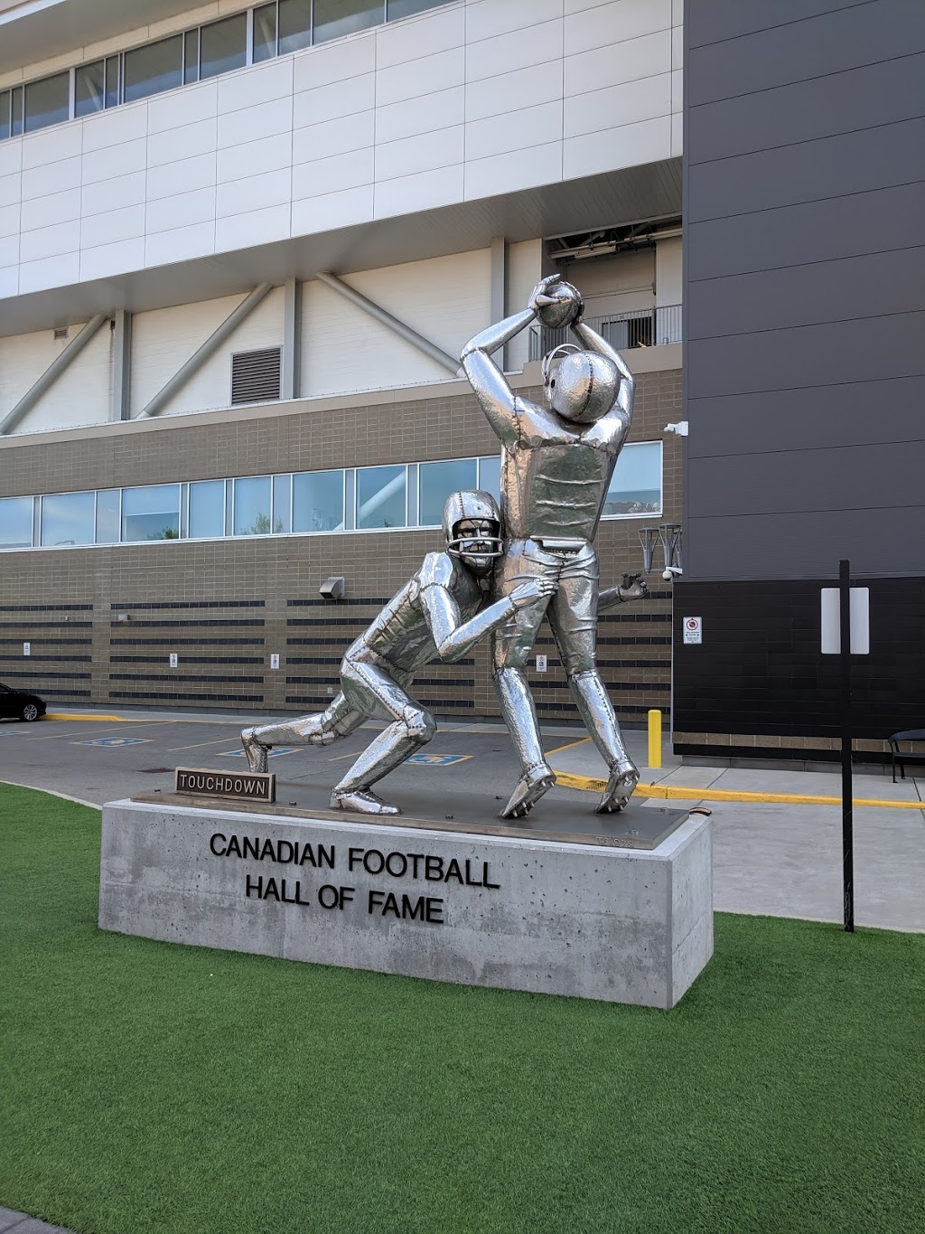 Canadian Football Hall of Fame & Museum | museum | 64 Melrose Ave N, Hamilton, ON L8L 8C1, Canada | 9055287566 OR +1 905-528-7566