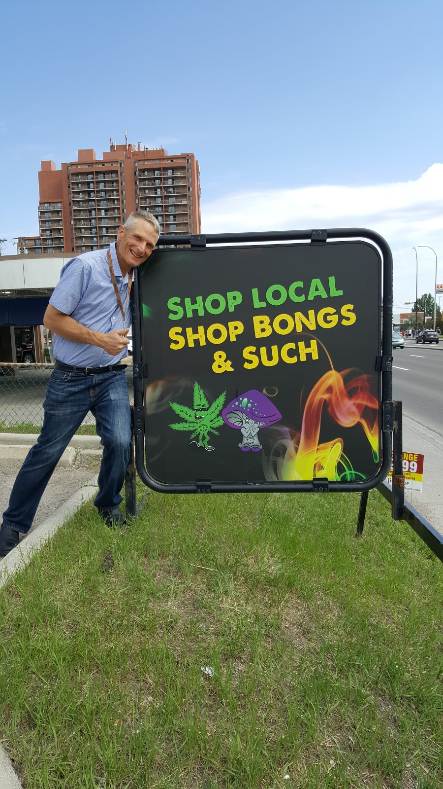 Bongs & Such   store   4823 Macleod Trail SW, Calgary, AB T2G 0A7, Canada   4032435251 OR +1 403-243-5251