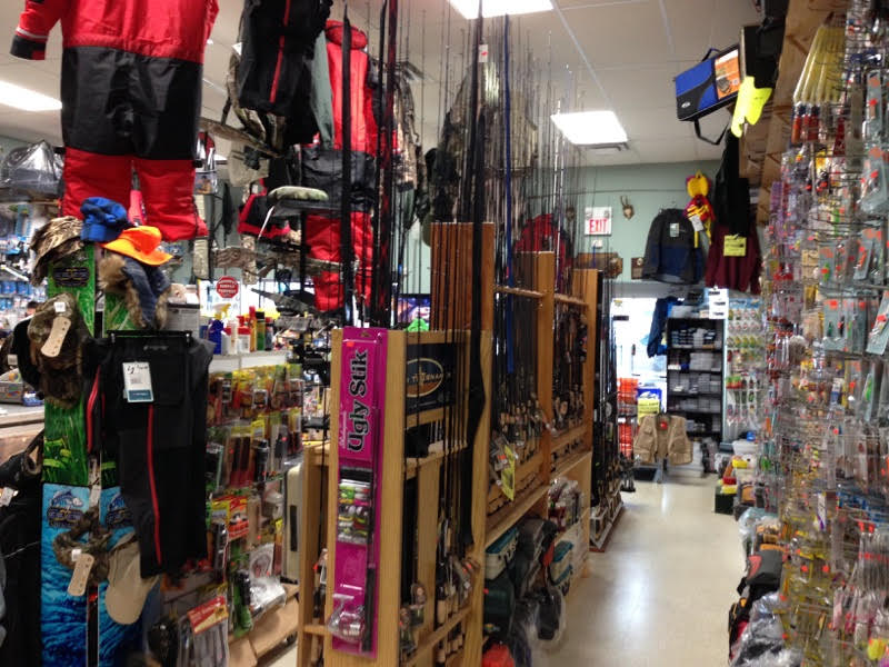 Bills Bait & Tackle | store | 858 Upper James St, Hamilton, ON L9C 3A4, Canada | 9053885873 OR +1 905-388-5873