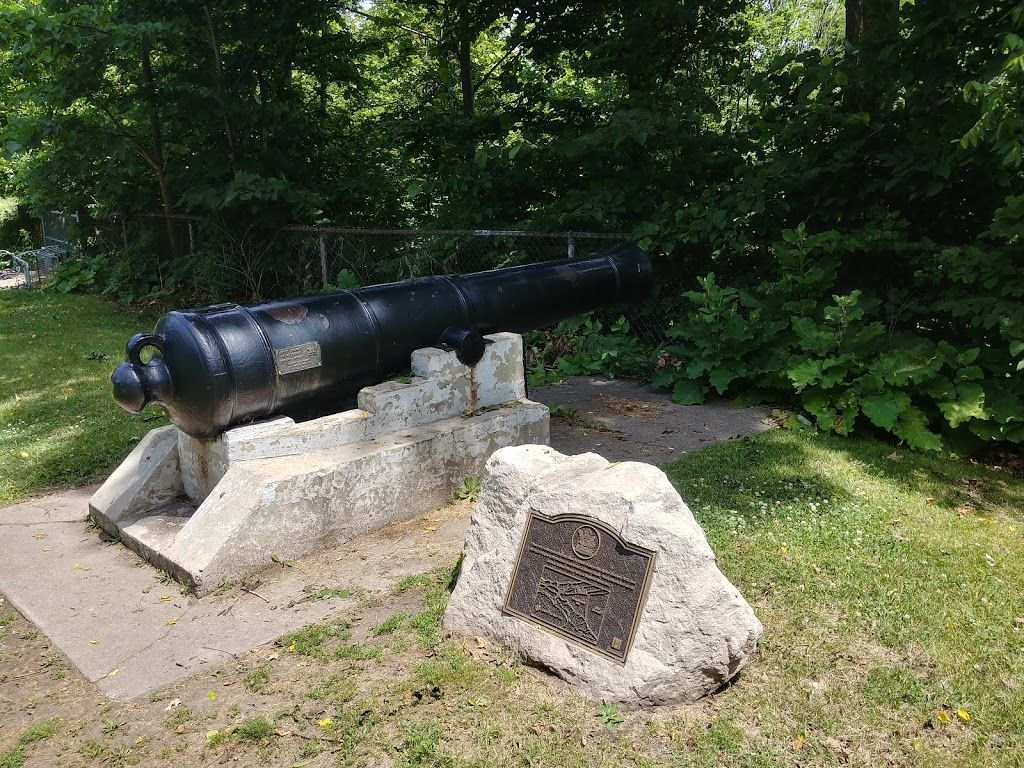 Harvey Park | park | 618 York Blvd, Hamilton, ON L8R, Canada