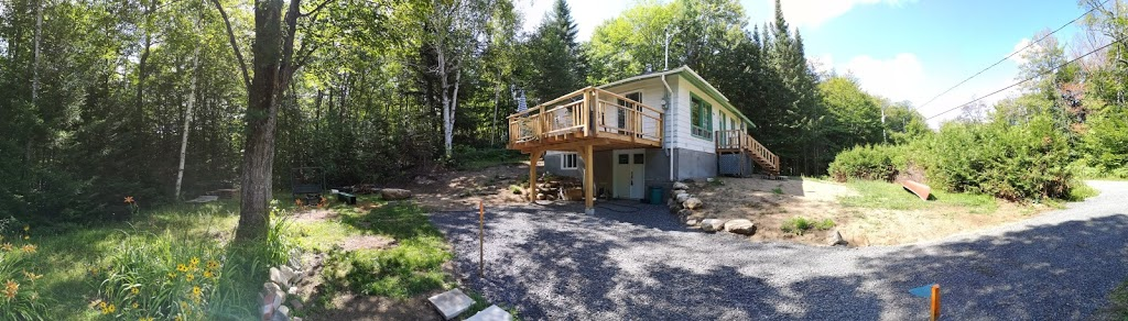 Chalet du Lac Clair sud | lodging | 6856 Chemin du Lac Clair S, Rawdon, QC J0K 1S0, Canada | 4507608252 OR +1 450-760-8252