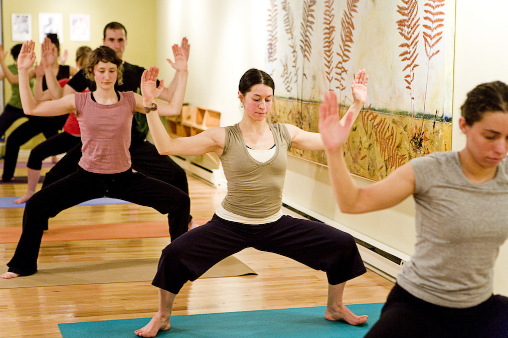 Centre De Yoga Québec | gym | 1355 3e Ave, Quebec City, QC G1L 2Y1, Canada | 4185259642 OR +1 418-525-9642