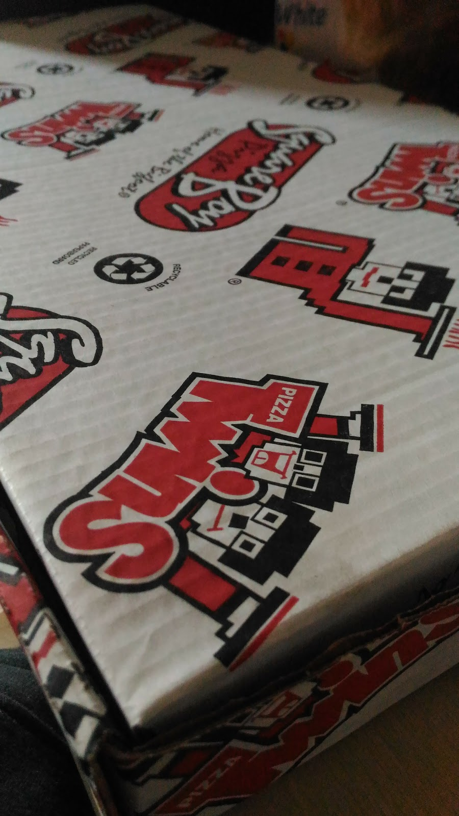 Square Boy Pizza Subs & Wings | restaurant | 355 Wentworth St W, Oshawa, ON L1J 1N6, Canada | 9057210000 OR +1 905-721-0000