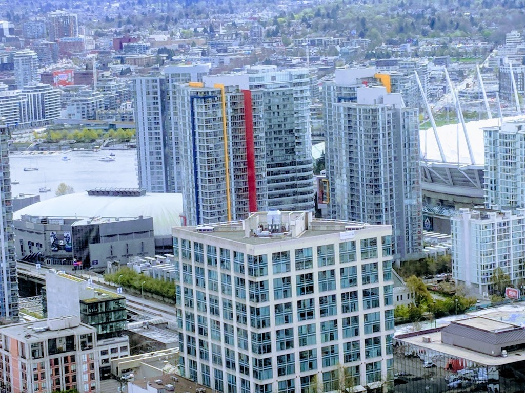 Spectrum Towers | lodging | 111 W Georgia St, Vancouver, BC V6B 1T8, Canada | 6046899010 OR +1 604-689-9010