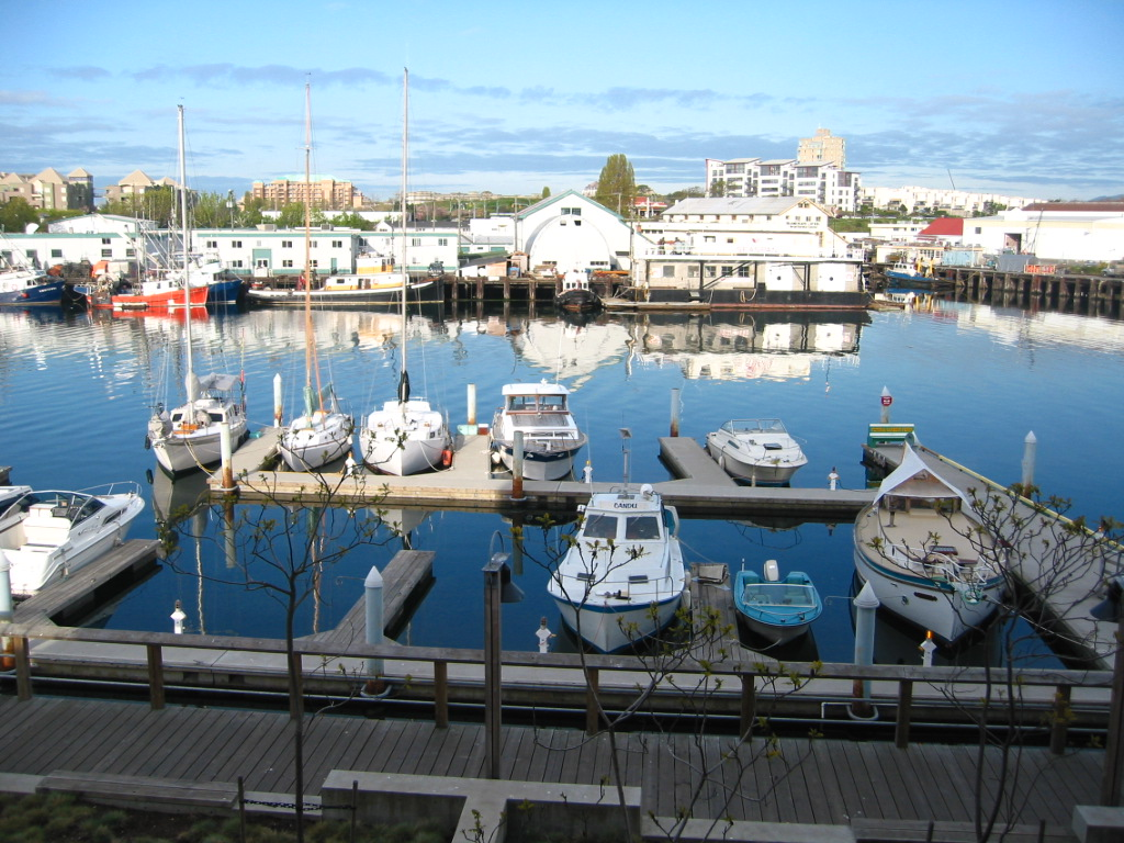 Mermaid Suite | lodging | 409 Swift St, Victoria, BC V8W 1V4, Canada | 7604063828 OR +1 760-406-3828