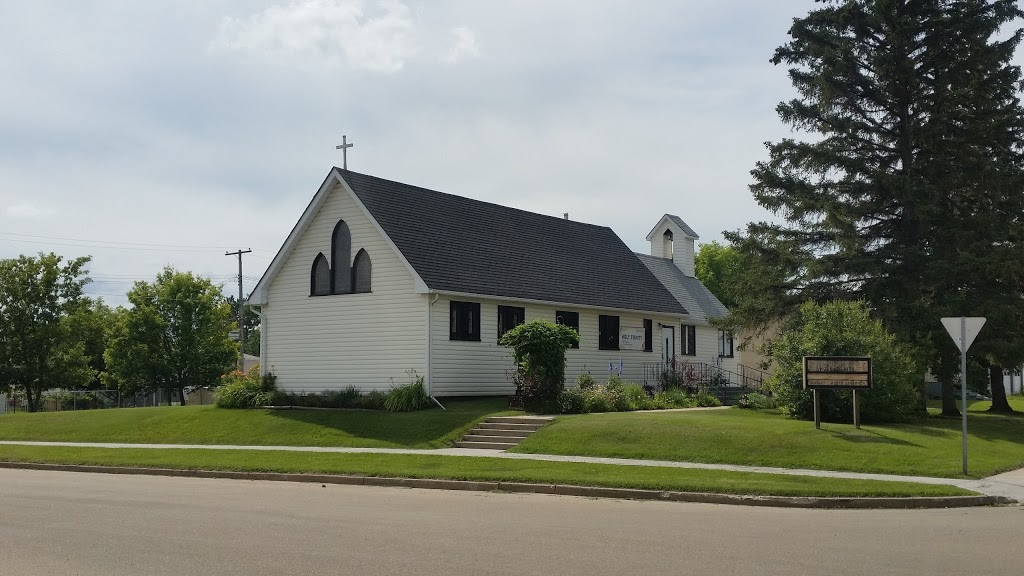 Anglican Church -Holy Trinity | church | 4907 57 Ave, Tofield, AB T0B 4J0, Canada | 7806623954 OR +1 780-662-3954