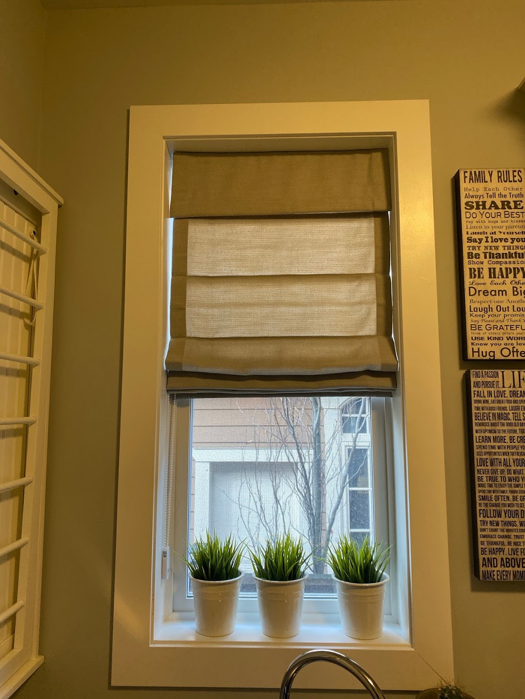 Budget Blinds of Chilliwack | store | 44500 S Sumas Rd #305, Chilliwack, BC V2R 5M3, Canada | 6047925463 OR +1 604-792-5463