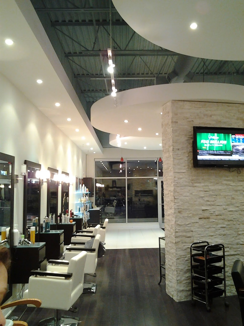 Jacob Anthony Salon | hair care | 1278 The Queensway, Etobicoke, ON M8Z 1S3, Canada | 9059166111 OR +1 905-916-6111