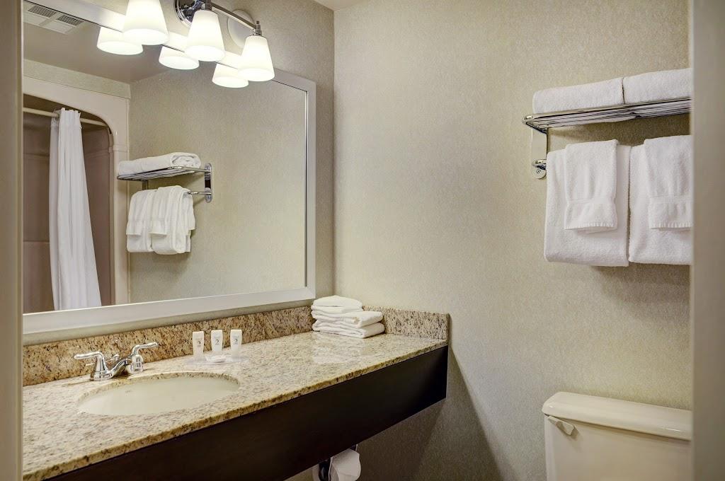 Travelway Inn Sudbury | lodging | 1200 Paris St, Sudbury, ON P3E 5V4, Canada | 8004614883 OR +1 800-461-4883