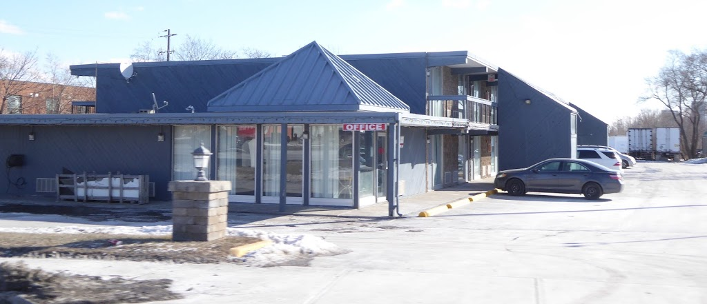Fort York Motel | lodging | 1920 Dundas St E, Mississauga, ON L4X 1L9, Canada | 9052772524 OR +1 905-277-2524
