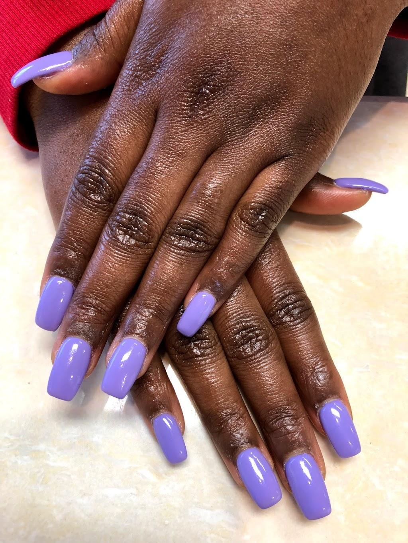 Famous Nails   hair care   2480 Gerrard St E Unit 6, Scarborough, ON M1N 4C3, Canada   4166917272 OR +1 416-691-7272