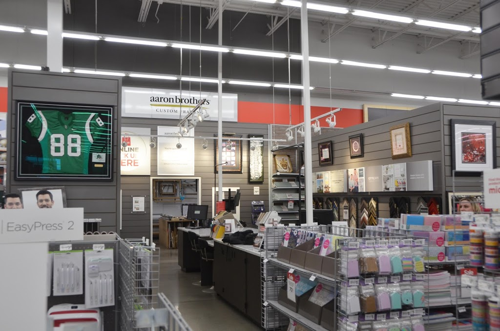 Aaron Brothers | store | 4220 Innes Rd, Orléans, ON K4A 5E6, Canada | 6135901813 OR +1 613-590-1813