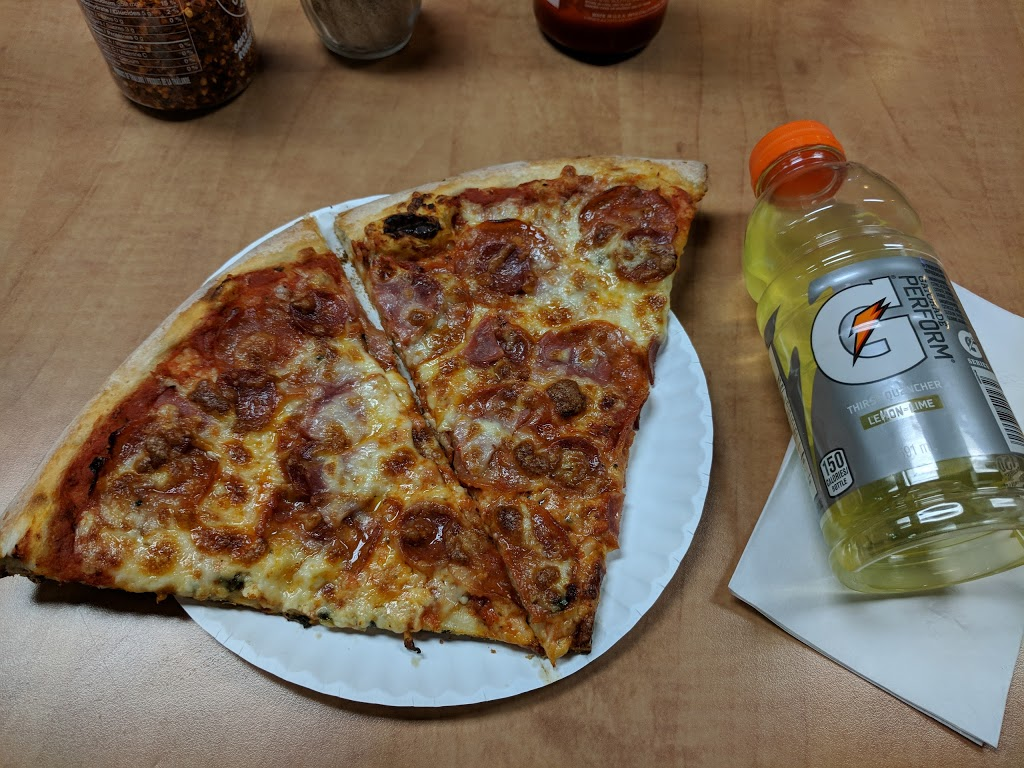 Pizza Gigi   meal delivery   189 Harbord St, Toronto, ON M5S 1H5, Canada   4165354444 OR +1 416-535-4444