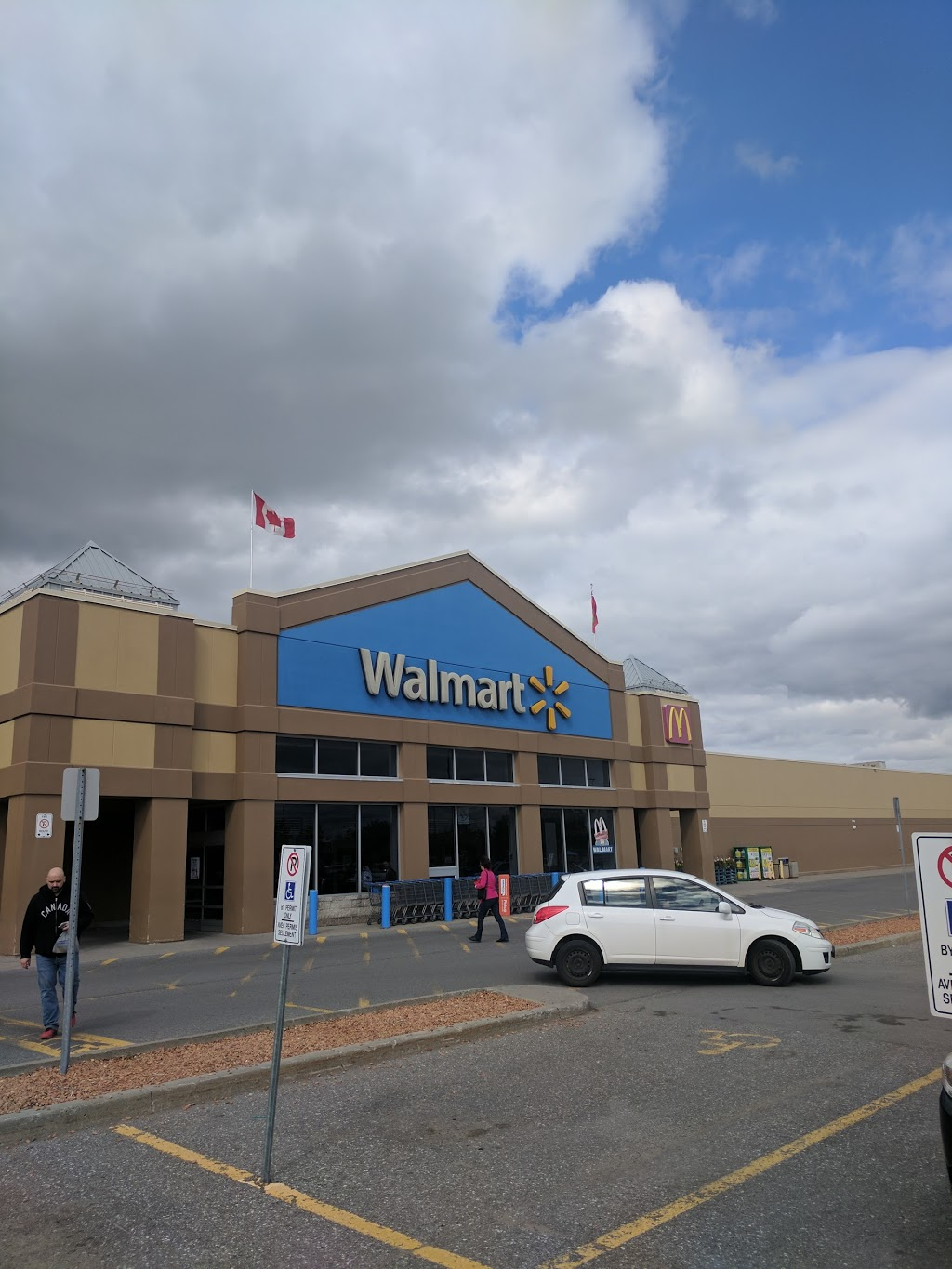 Walmart Supercentre | clothing store | 73 Strathy Rd, Cobourg, ON K9A 5W8, Canada | 9053731239 OR +1 905-373-1239